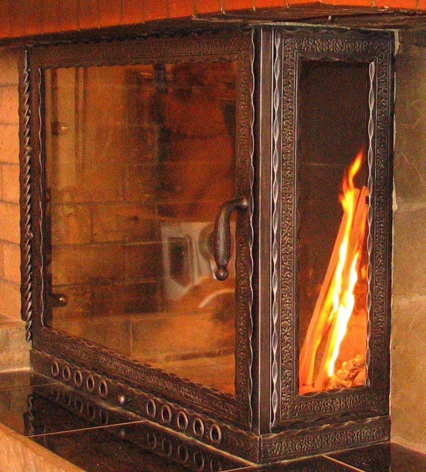 Печка своими руками с стеклянной дверью 13